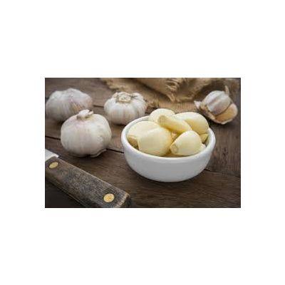 Fresh garlic (peeled)